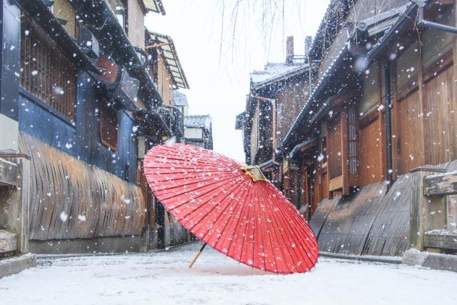 【2019年最新版】傘を防水する最強のスプレーランキング